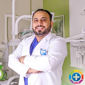 Dr Kumail